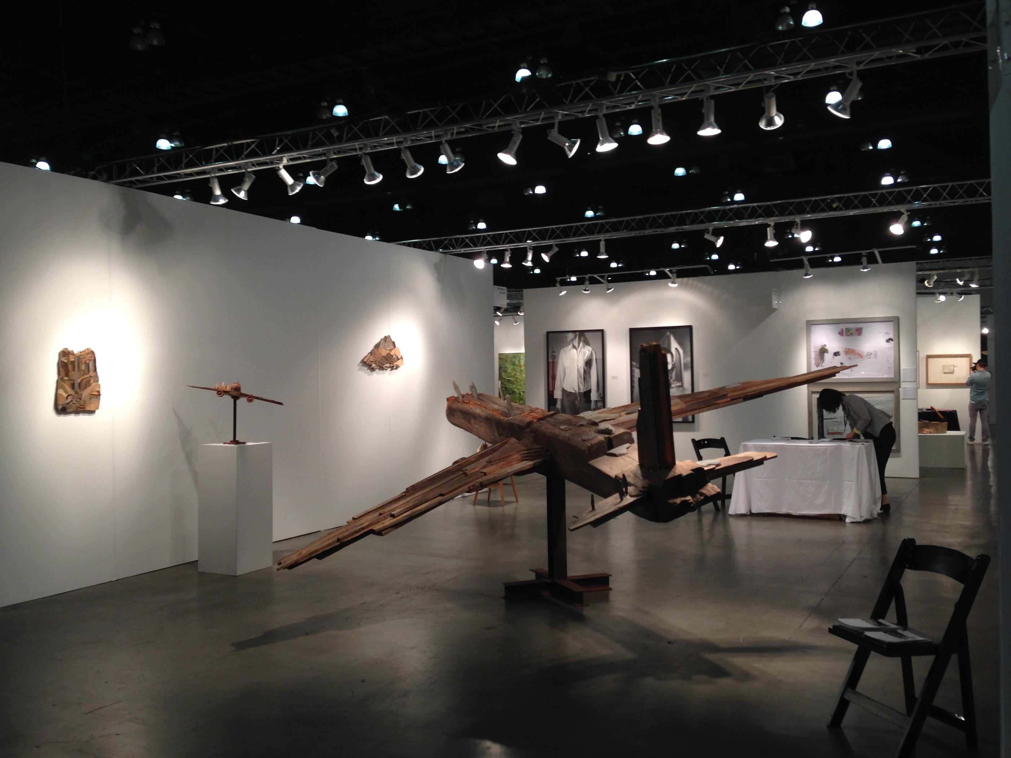 Toshimitsu ito at Tachibana gallery booth1