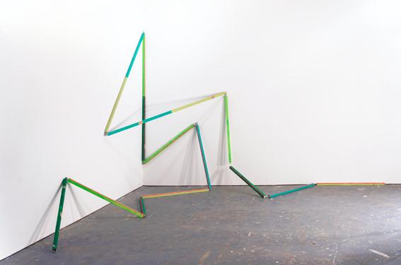 Third Vine, 2015, acrylique et émail sur bois, dimensions variables - courtesy Galerie Zurcher